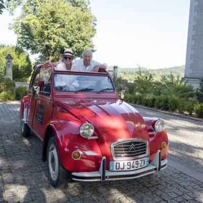Perigourmet Circuit Gastronomique en Dordogne à Sarlat Périgord Noir Château de Monrecour 2CV